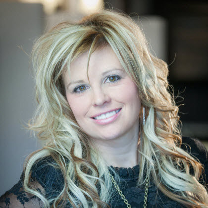 Nichole Ulberg Hair Stylist Parker CO