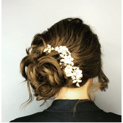 updo-with-floral-accents-420x420
